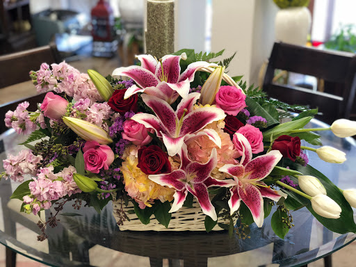 Flower Baskets For Any Occasion Or Event By Sun City Summerlin Florist Your Local With Same Day Delivery To Las Vegas Areas