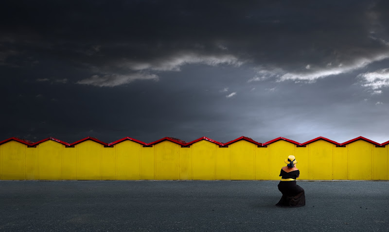 Cabine gialle di Daniela Ghezzi