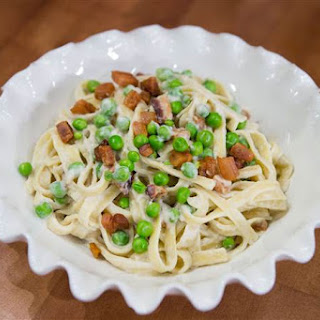 Dairy-Free Pasta Carbonara with Bacon.