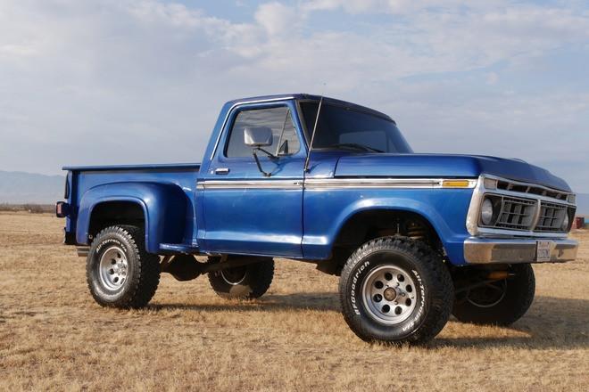 Classic 1977 F100 Lifted 4x4 Midnight Blue Beast Hire CA
