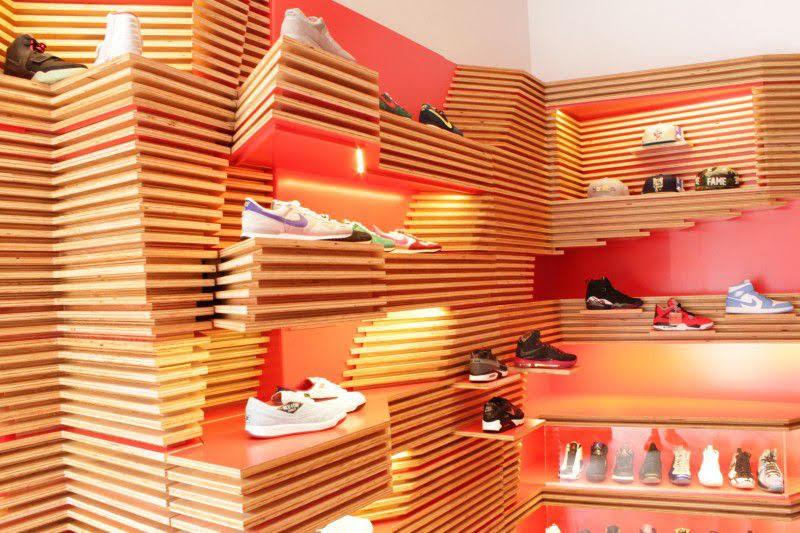 kệ giày shop