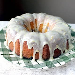How to Make a Lemon Icing Glaze.