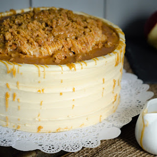 Salted Caramel Apple Streusel Cake