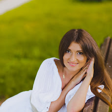 Wedding photographer Aleksandra Sadovskaya (Saal13). Photo of 09.06.2014
