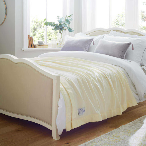 John Atkinson Lightweight Merino Wool Blanket White