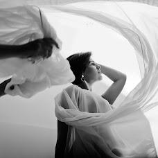 Wedding photographer Yuliya Podosinnikova (Yulali). Photo of 23.01.2018
