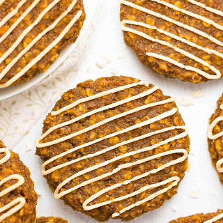 Healthy Pumpkin Spice Latte Oatmeal Cookies.