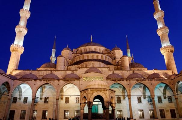 La moschea Blu di Istanbul di malikkite