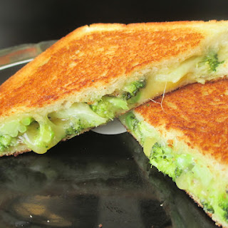 ROASTED BROCCOLI GRILLED CHEESE.
