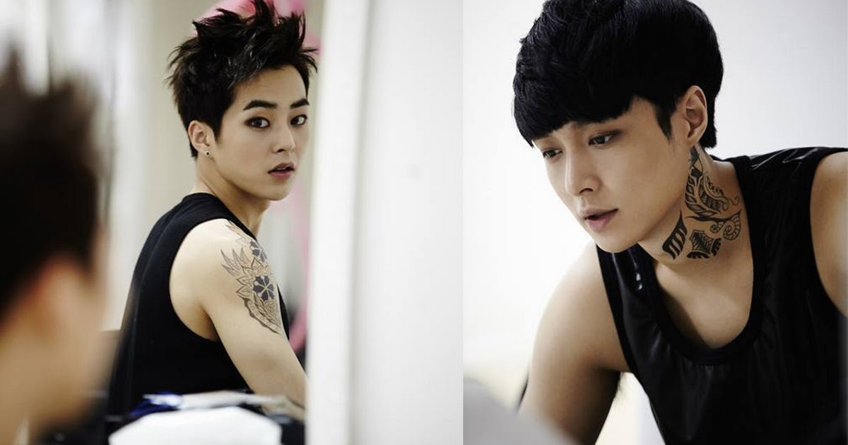 Xiumin And Lay