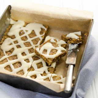 Pumpkin Spice Bars with Maple Frosting Drizzle nut-free, oil-free, gluten-free