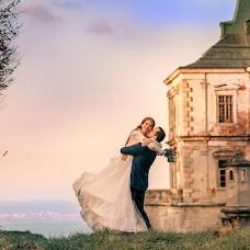 Wedding photographer Roman Medvid (photomedvid). Photo of 15.11.2018