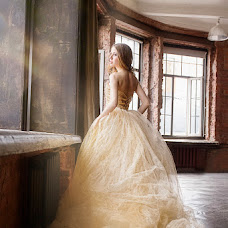 Wedding photographer Natasha Pogrebnyak (Fotafo). Photo of 11.05.2015