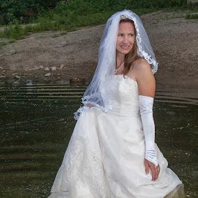 Erin 01 by Carter Keith - Wedding Bride ( rock the frock, wedding dresses, wet brides, brides, trash the dress )