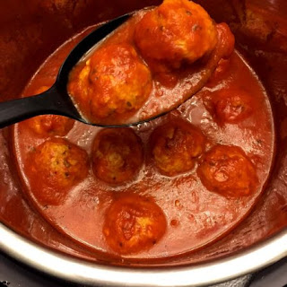 Instant Pot Meatballs In Tomato Sauce.