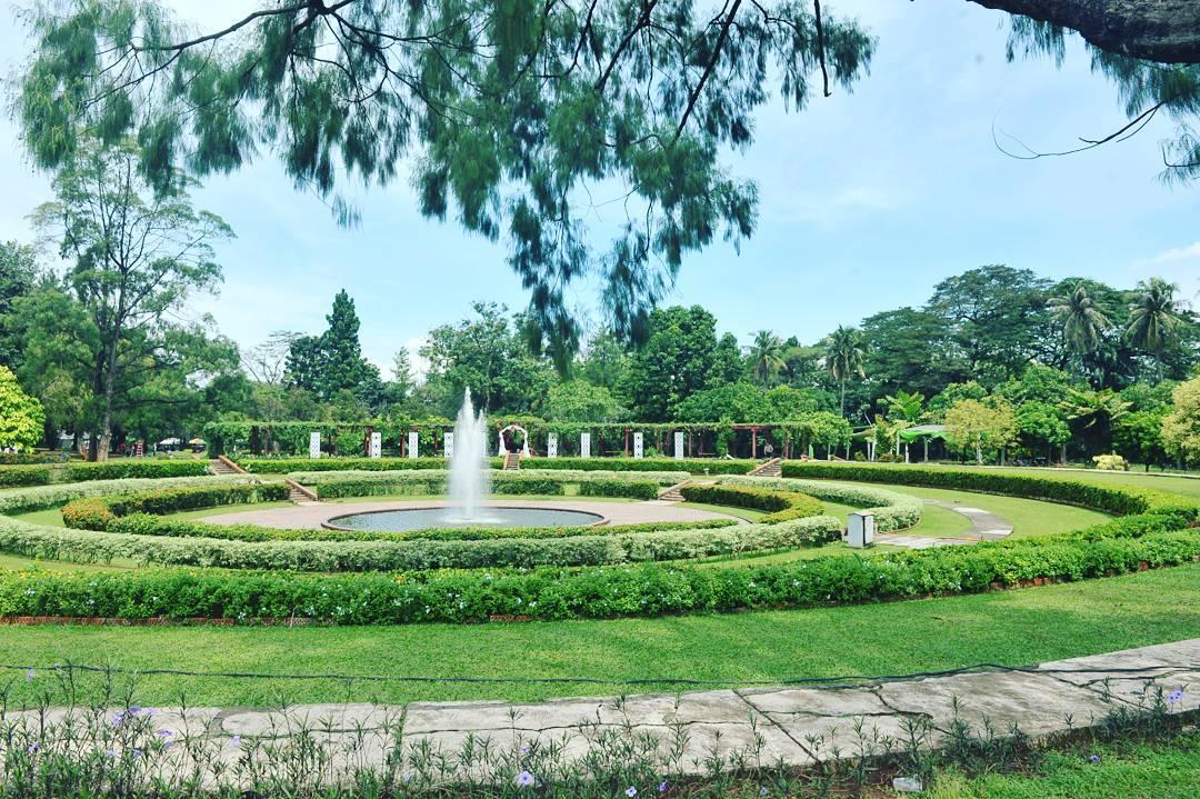 Taman bunga Cibubur