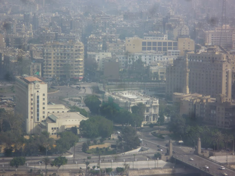Photo: View onto Tahrir Square from the Tower, soldiers beginning to adopt formation.