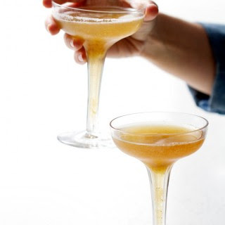Bottoms Up | Fig and Bourbon Fizz