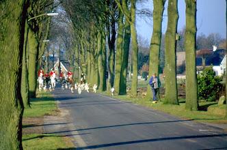 Photo: Slipjacht, Gieterstraat rechts Hendrik Enting