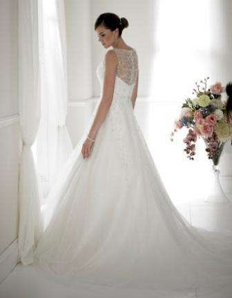D1932 Wedding Dress Sacha James
