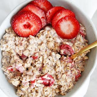 Strawberry and Cream Overnight Oats Recipe