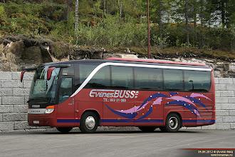 Photo: E#: KH 19333 på Innhavet, Hamarøy, 05.06.2012. Evenes Buss AS, Tårstad.
