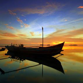 Biduak pancari nafkah by Gery Arsuma - Landscapes Sunsets & Sunrises ( nirwana beach padang )