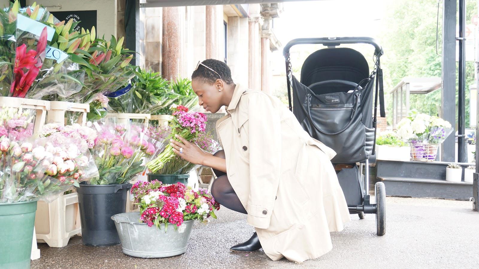 London: Spotlight on Barnes #CybexInTheCity Sun Inn Flowers