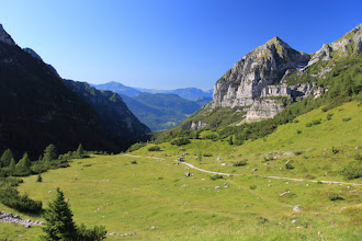 Photo: La Val d'Ambiez dal rifugio Il Cacciatore (ca. 1800 m.)