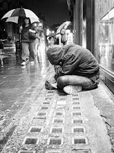 Photo: sadness in London...  #street #streetphotography #shootthestreet #blackandwhite #blackandwhitephotography #bw #monochrome
