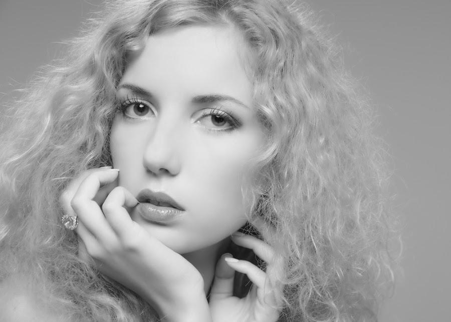 Face by Carl0s Dennis - People Portraits of Women ( studio, face, portrait, woman, b&w, person,  )