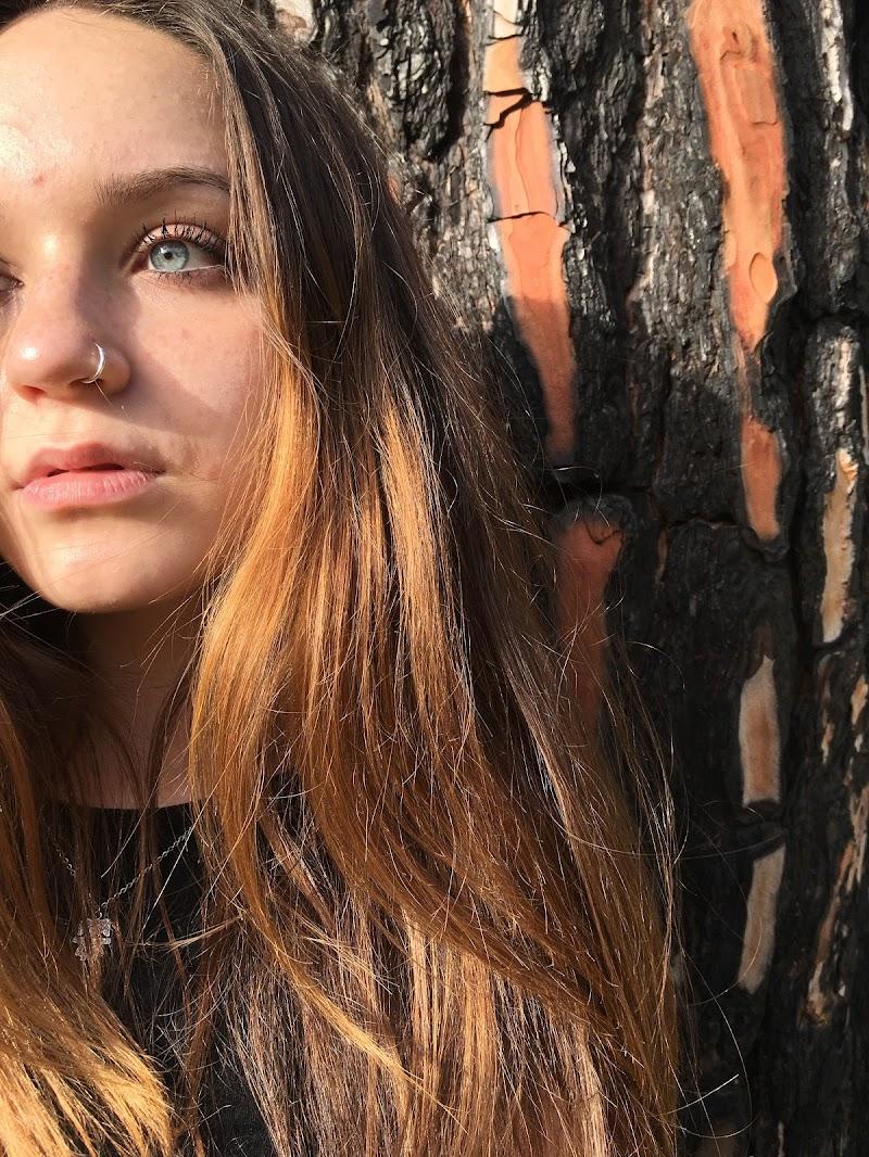 Ritratto orange  di Irene_grillo95