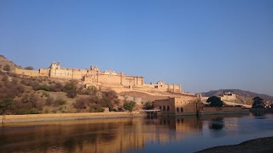 Photo: amber, the older city above jaipur became to small over the times ...