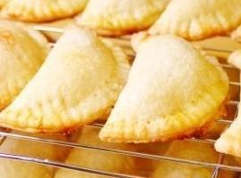 Apricot And Raspberry Jam Stuffed Cookies Recipe