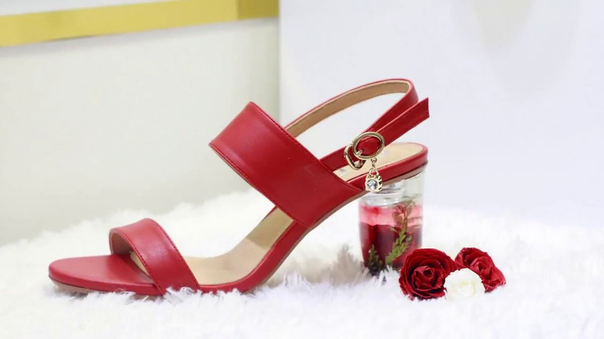 Giày dép nữ luôn có mẫu mã đẹp