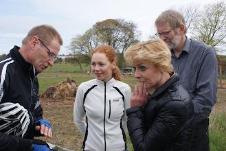 Photo: Chef for Natur & Miljø, Claus Nickelsen forklarer skovrejsningsplaner for rådmand Laura Hay og klima- og miljøminister Lykke Friis, mens formand for Fællesrådet, Jørgen Bak ser til