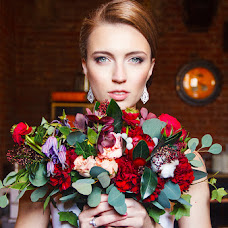 Wedding photographer Olga Volodyaeva (Neftida). Photo of 29.09.2015