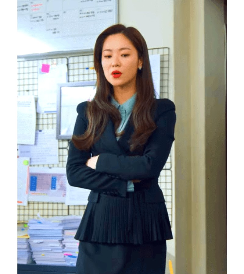 hong cha young suit 2