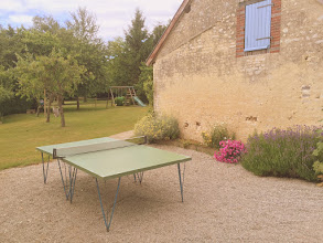 Photo: JEUX POUR ENFANTS, BOULODROME, PRET DE VELOS, TENNIS DE TABLE