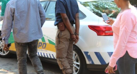 Tshwane metro cop arrested for 'extorting bribes' from motorists