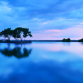 Blue Paradise by Wilfredo Lumagbas - Landscapes Waterscapes ( reflection, nature, blue, luagbas photography, travel, waterscapes, philippines, bacolod city )
