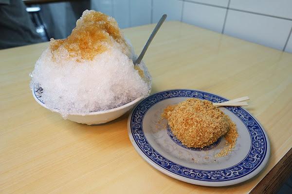 三民市場 老周冷飲店 八寶冰 燒麻糬 – 傳承懷舊風味
