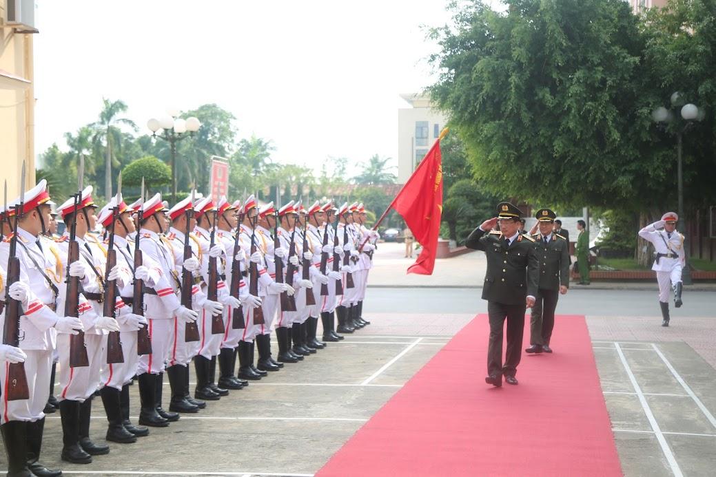Thượng tướng Nguyễn Văn Thành - Ủy viên Trung ương Đảng, Thứ trưởng Bộ Công an đến thăm và làm việc tại Công an tỉnh Nghệ An