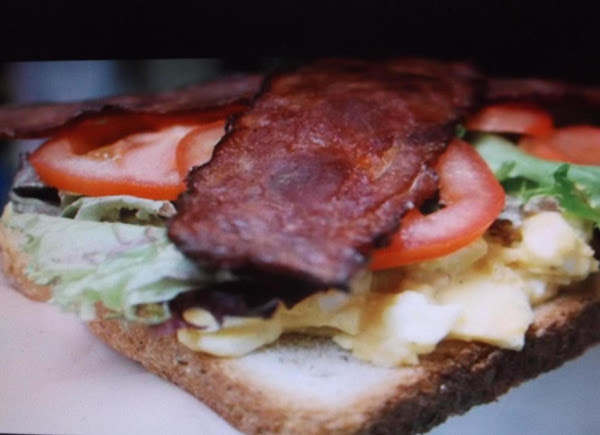 Bacon Egg & Tomato Salad Sandwiches Recipe