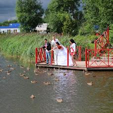 Wedding photographer Viktor Kalabukhov (victor462). Photo of 16.07.2014