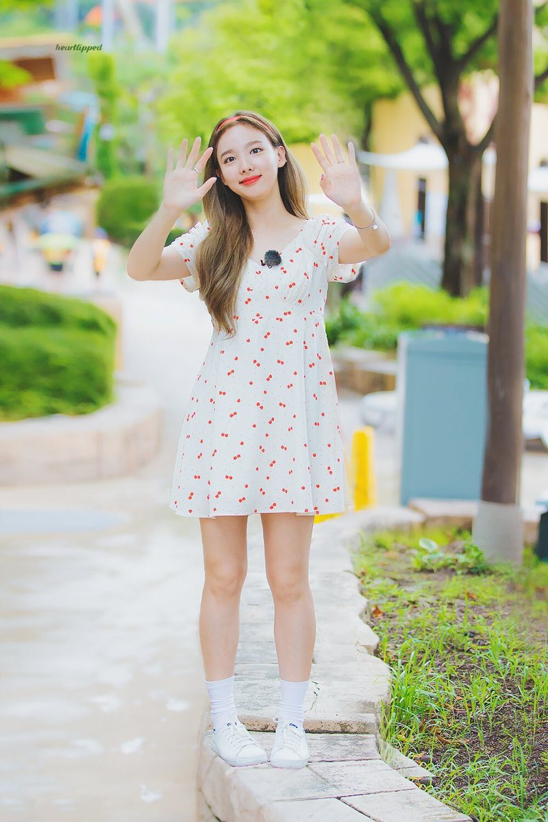 nayeon favorite dress 11