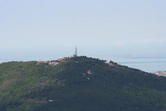 Photo: Pogled na Tinjan ( v ozadju morje)