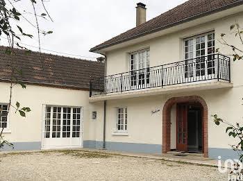 Maison 8 pièces 227 m2