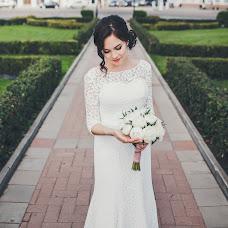 Wedding photographer Anastasiya Guseva (Fotopitoshka). Photo of 07.12.2015