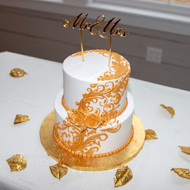 Wedding Cake by Greg Reeves - Wedding Reception ( wedding photography, wedding cake, weddings, wedding )